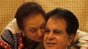 Dilip Kumar dies at the age of 98 ...