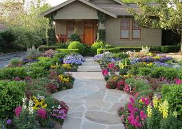 10 front yard landscaping ideas for