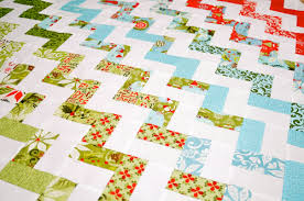 Père-Noël zigzag quilt tutorial part one: quilt top | Sewn Up & The top is now completed. Adamdwight.com