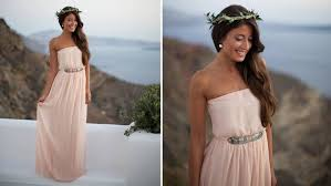 there are a variety of grecian dess hairstyles depending on how the hair is styled from