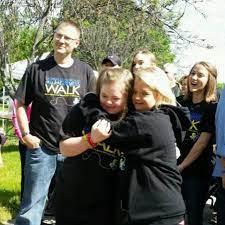 "Lauren Potter on Twitter: ""Best part of my trip to Milwaukee? Meeting my  hero Desiree Andrews!!! http://t.co/l6DutP28YD"""