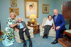 Oud-president Carter en zijn vrouw zijn ...