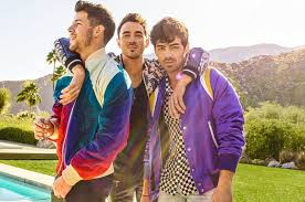 Billboard Chart Beat Jonas Brothers Return With Happiness Begins Runaway