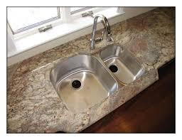 granite countertops with undermount sinks