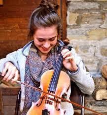 Pin by Ashley Barajas-Galan on Music aesthetics   Music instruments, Violin