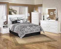 Mirrored Bedroom Dresser Bostwick Shoals 3 Pc Bedroom Dresser Mirror Queen Full Panel