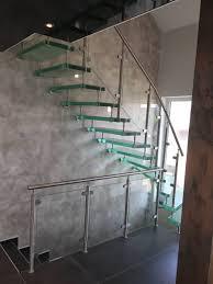 Denn heutzutage soll eine treppe nicht nur praktisch sein, sie muss sich als architektonisches kunstwerk perfekt in ihr zuhause einfügen. Treppen Bad Friedrichshall Maurer Treppen Qualitat Seit 1947