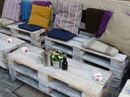 outdoor furniture pallets. 11. Outdoor Furniture Set Pallets A
