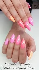 The Shape Is Awesome Gel Nails Nehty Pastelové Barvy A Růžová