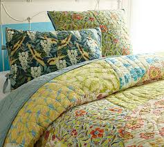 Scalloped Organic Patchwork Quilt & Sham | Pottery Barn &  Adamdwight.com
