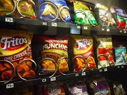Vending Machine Foods Fascinating Need A Snack Never Pick These Worst Vending Machine Foods