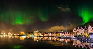 Kuvahaun tulos haulle northern lights norway