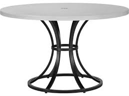 outdoor dining tables dine in style