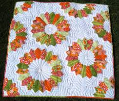 Appliqué Quilting by Hand or Machine & White Quilt with Colorful Flower Patterns Adamdwight.com