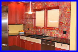 shocking kitchen ed effect red accent glass backsplash shiny