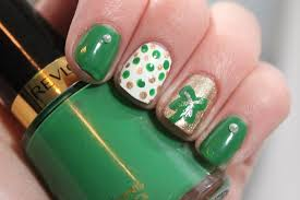 Simple St. Patrick's Day Nail Art - volleysparkle