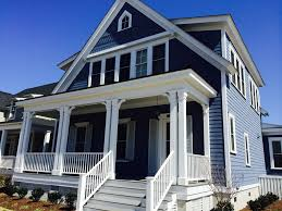 7 stunning blue house siding ideas