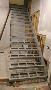 Construction detail for a cantilevered staircase.