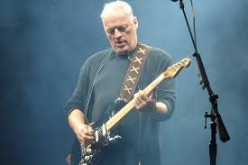the black stratocaster the black strat made its debut performance at the bath festival in 1970 david
