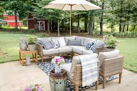 outdoor decorating tip 2 use outdoor rugs to ground each space