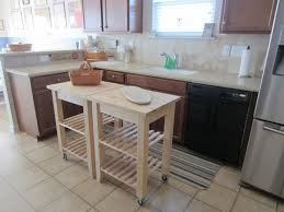 Kitchen Island Table On Wheels Fresh Idea To Design Your Wooden Kitchen Islands On Wheels Wood
