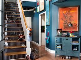 Flur farblich gestalten questline club. Treppenhaus Streichen Und Renovieren 63 Ideen Und Beispiele Fur Farben
