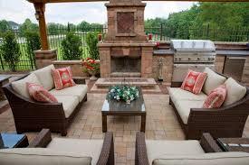 unilock olde greenwich cobble patio w fireplace grill island