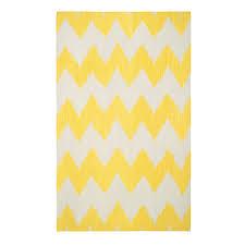 chevron rug in bright yellow