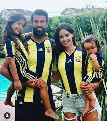 Die Frau von Volkan Demirel,... - Fenerbahçe International