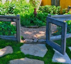 ... designscapescolorado Chicken Wire and Reclaimed Wood Fence | DIY  Backyard Ideas on a Budget | DIY Garden