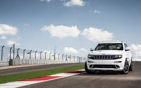 2014 Jeep Grand Cherokee SRT Track Drive - Motor Trend