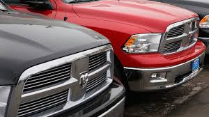 Fiat Chrysler recalls Dodge Ram pickup trucks because tailgate can ...
