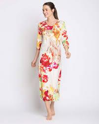 Кремовые <b>платья</b> : найти <b>платья</b> в Москва по стоимости от 499 ...