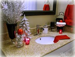 Top 35 Christmas Bathroom Decoration Ideas - How often have you people  thought about decorating your