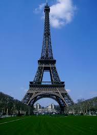 wonders of the world wandering whit paris