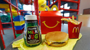 mcdonalds happy meal cheeseburger. Exellent Happy McDonaldu0027s Is Dropping Cheeseburgers And Chocolate Milk From Its Happy Meal  Menu And Mcdonalds Cheeseburger