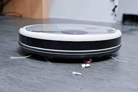 Tại sao nhà mặt phố nên có robot hút bụi trong nhà?