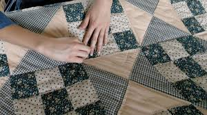 Amish Mennonite Quilt Series | Road Scholar & Discover the art of Amish and Mennonite quilting as you visit with local  quilters, meet traditional fabric merchants and practice your own quilting  ... Adamdwight.com
