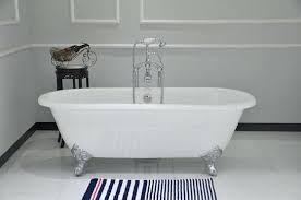 cast iron bath tub refinishing cast iron tub refinishing before after refinishing cast iron clawfoot bathtub