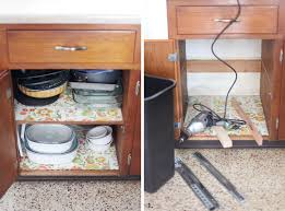 Kitchen cabinet trash can Door How To Convert Cabinet Into Pullout Trash Bin Get That Trash Coopwborg Convert Cabinet Into Pullout Trash Bin Beautiful Mess
