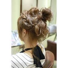 大人かわいいお団子アレンジ Embellieアンベリーのヘアスタイル