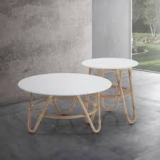 round coffee table in rattan and white