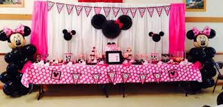 14 14 minnie mouse themed dessert table