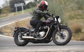 2017 triumph bonneville bobber first ride review woman rider