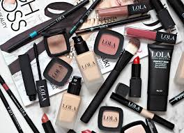 i get to see a lot of makeup on a daily basis so it s easy to identify the s that are gimicky and those that have genuine potential to create a stir