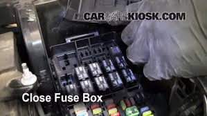 blown fuse check 2010 2015 ford taurus 2011 ford taurus sel 3 5l v6 6 replace cover secure the cover and test component