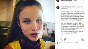 Frida Bollani Magoni diventa una star sui social: Non riesco a rispondere a  tutti
