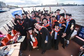 Сверка дипломов и оформления документов для получения диплома