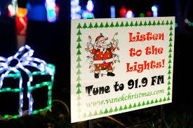 Bright Lights Omaha Ne Best Omaha Area Neighborhoods To See Holiday Lights In 2015