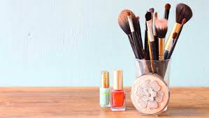 home remes to wash makeup brushes